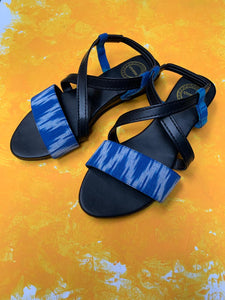 Sandals with back strap - Blue
