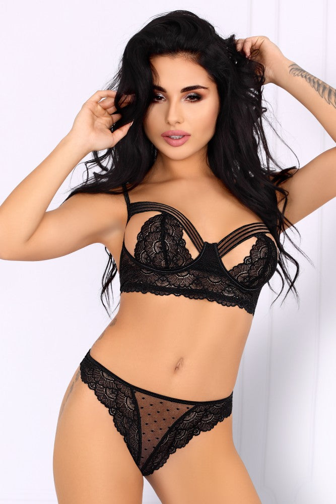 Caniave Romantic Black Bra And Panty Set - EVOLESCENT