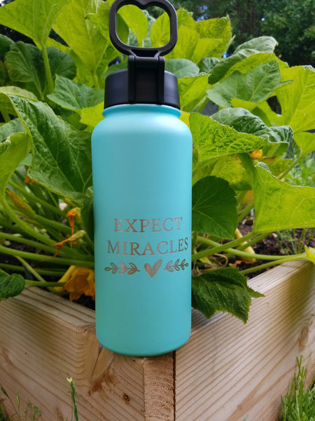 Mint Miracles Water Bottle 32oz w/ Straw