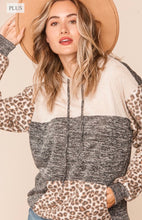 Load image into Gallery viewer, Plus-Size Two Tone Hacci Leopard Color Block Hoodie