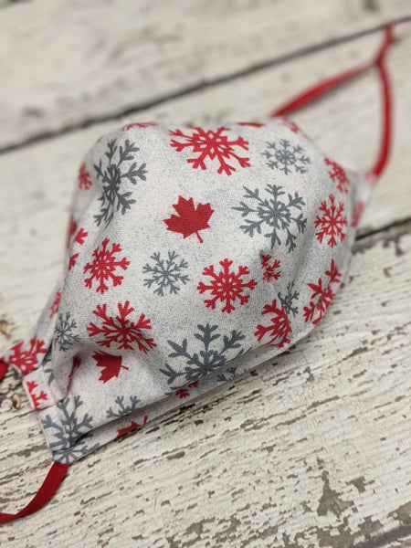 Semi-Fitted Mask - Regular - Canadian Snowflakes on White