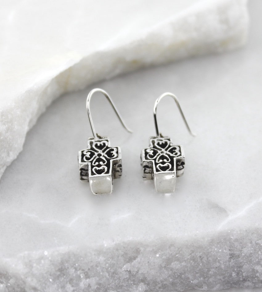 MEXICAN MADE SILVER FILIGREE CROSS EARRINGS