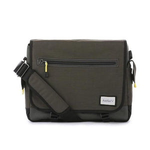 Open image in slideshow, Antler Urbanite Evolve Laptop & Tablet Messenger Bag 15.4""