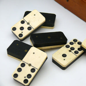 Boxed Set of Large Dominoes