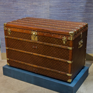 Large Louis Vuitton Monogram Trunk