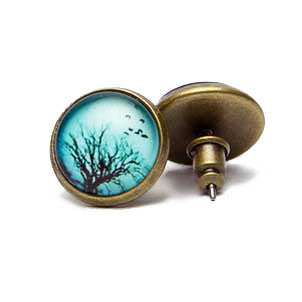 Beijo Brasil Birds in Flight Glass Dome Posts $14 | Stud Earrings