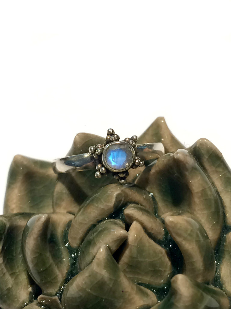 Moonstone Star Ring | Sterling Silver Size 5 6 7 8 9 | Light Years