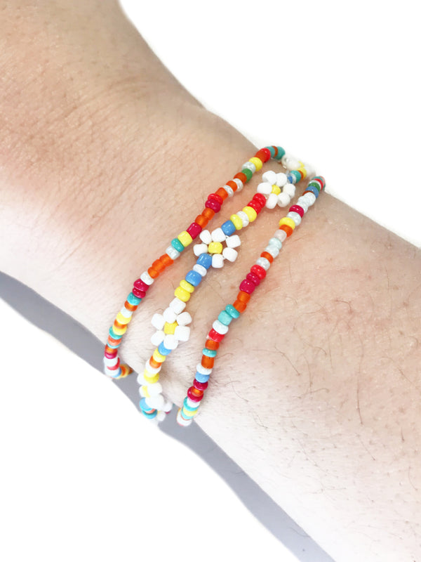 Beaded Daisy Stretch Bracelet Set | Multicolor Blue Yellow | Light Years