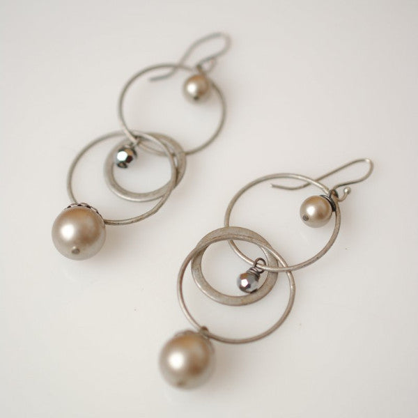Windsor Castle Chain Pearl Dangle Earrings | Anne Vaughan | Light Years