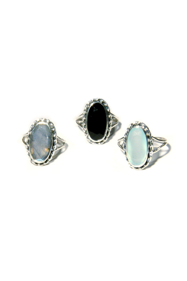 Twisted Oval Stone Ring
