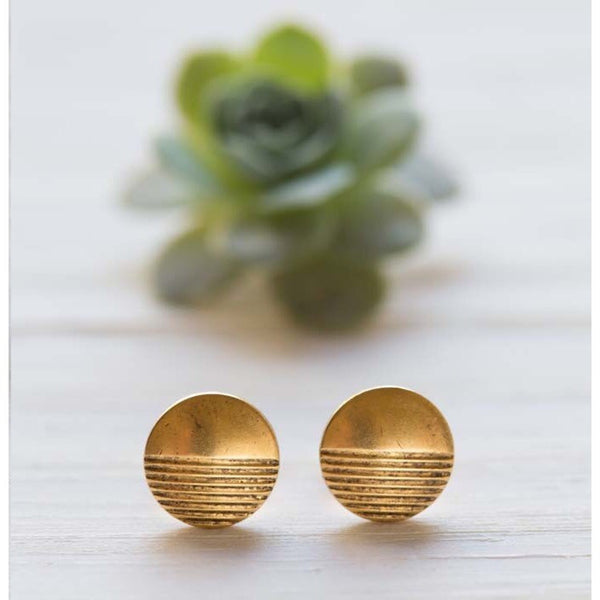 Gold Horizon Posts, $18 | Vintage Stud Earrings | Light Years Jewelry