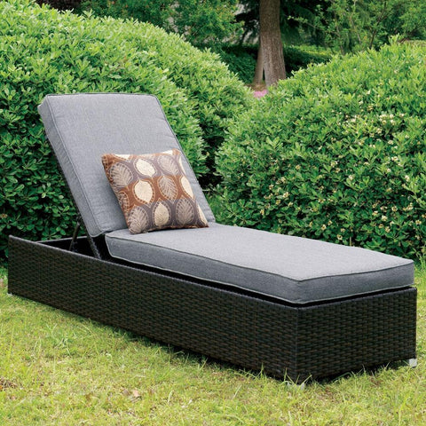 Contemporary Patio Lounge Chair with Pillow