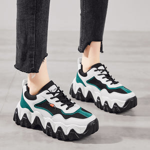 Curly Pop Sneaker Look on Your Feet