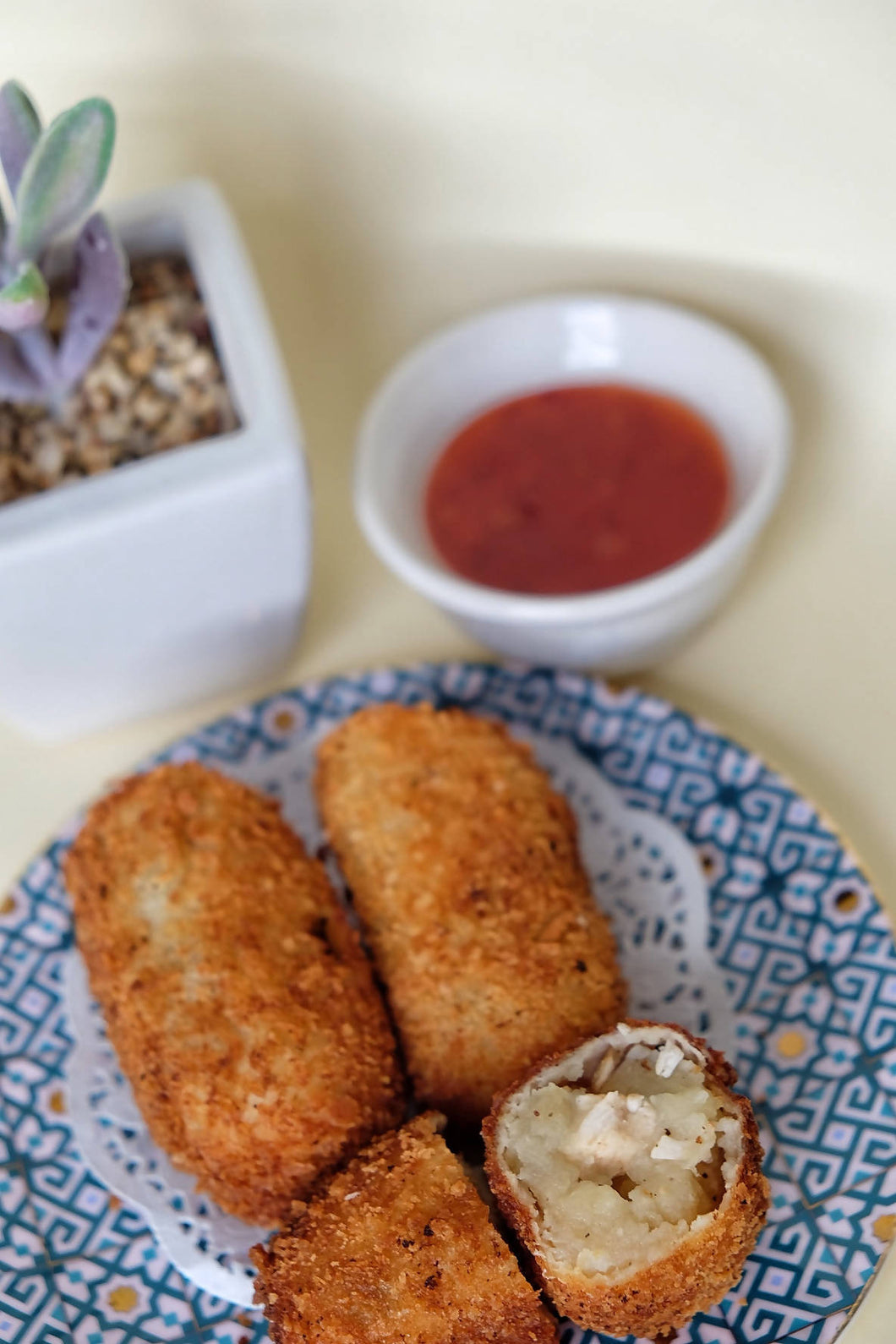 Kroket Ayam Jamur (Potato Croquette with Chicken and Mushroom)