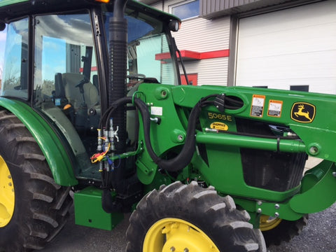 JOHN DEERE 5065E - 2016 - Tracteur / chargeur - Tractor with loader