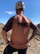 Load image into Gallery viewer, Trail Manos Unisex Crotalus Atrox Jersey