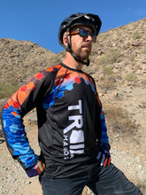 Load image into Gallery viewer, Trail Manos LS Unisex Symmetry Jersey