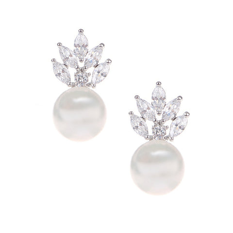 Crystal and Ivory pearl earrings in a vintage design, they measure 1.5cm