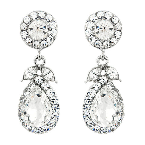 Crystal drop earrings made with clear crystals combined on a silver tone finish, they have a drop of 6cm.