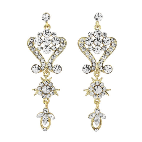 Crystal chandelier drop earrings made from clear crystals on a silver tone finish, they have a drop of 7cm.