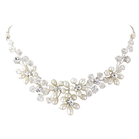 SassB Pearl Divine Necklace Set