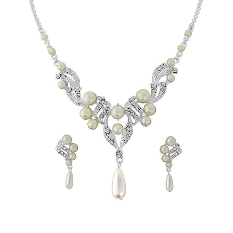 Pearl and crystal necklace made with light ivory pearls and cubic zirconia crystals on an adjustable chain plated in real silver, the earrings have a drop of 2.5cm