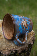 Load image into Gallery viewer, Stoneware Galapagos Sea Turtle Mug