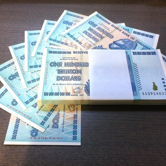 Zimbabwe 100 Trillion-dollar x 10 Notes