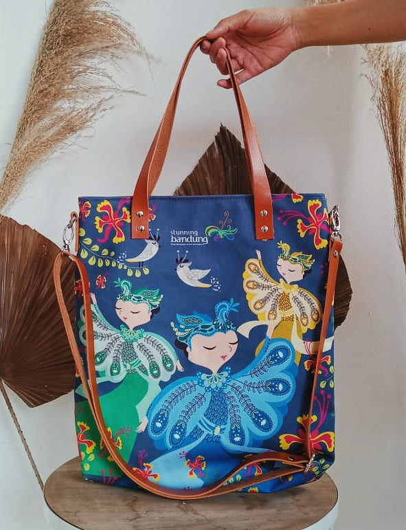 Tari Merak 2 in 1 Tote Bag