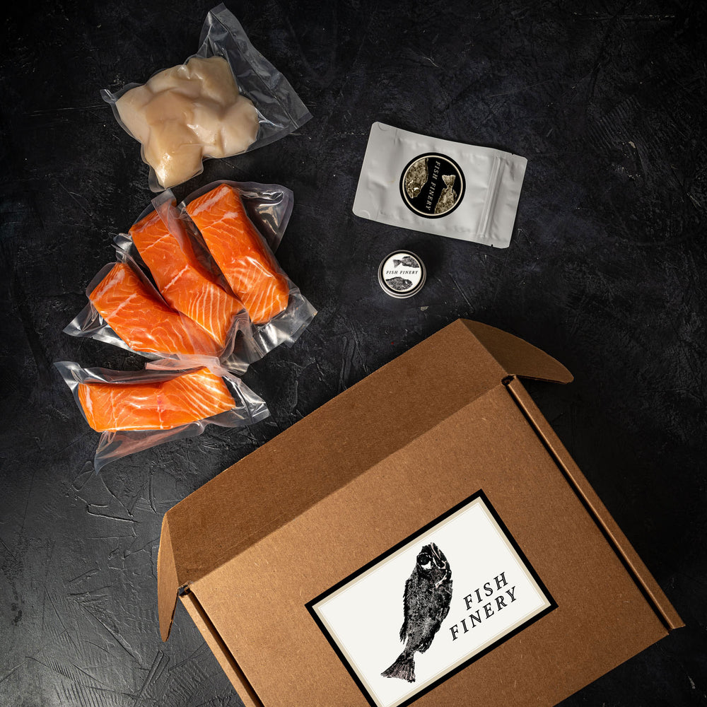 FishFinery Choice Box includes 4x Salom Fillets, Diver Scallops, Dry Rub and Marinade