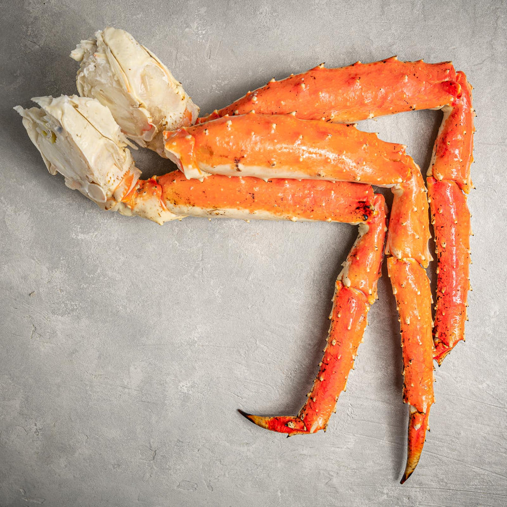 Load image into Gallery viewer, Jumbo Alaskan King Crab Legs by FishFinery