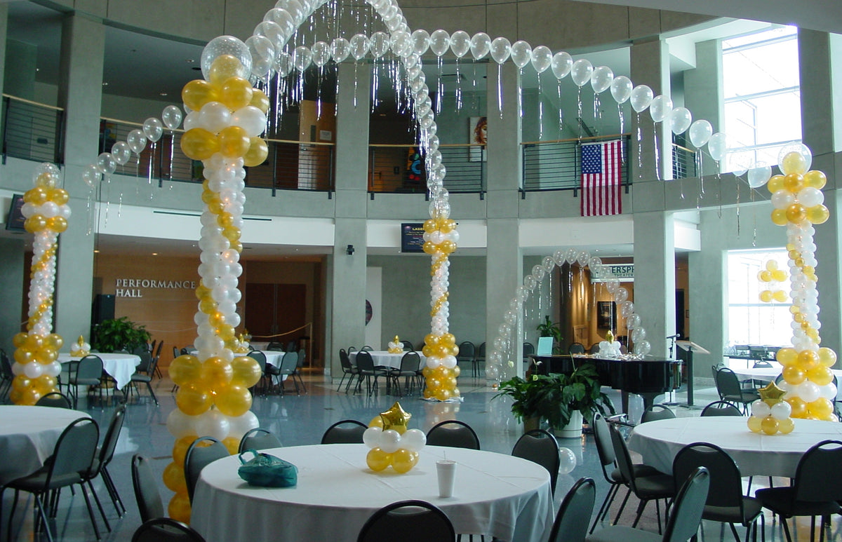 Criss-Cross Balloon Arch