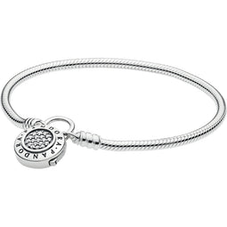 Moments Smooth Silver Bracelet With Signature Clasp