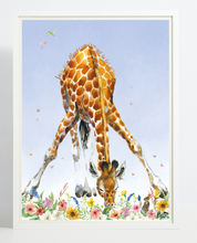 Afbeelding in Gallery-weergave laden, Poster Giraffe smelling flowers