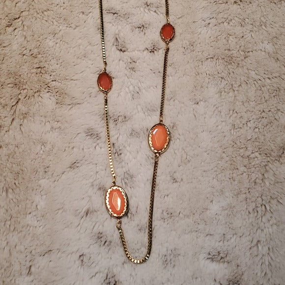 Boutique Peach and Gold Tone Accent Necklace