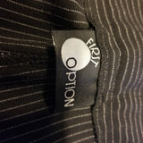 First Option Black Mid Rise Pinstripe Capri Size 8