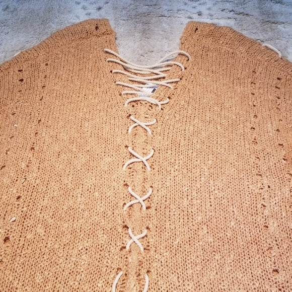 NWT Easel NWT Slouchy Cinnamon Sweater w Ties Size S