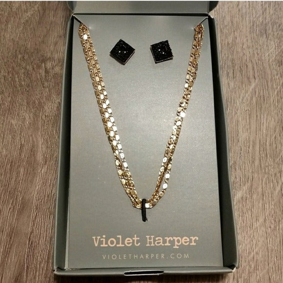 NWT Violet Harper Isla Layered Necklace & Earrings Set