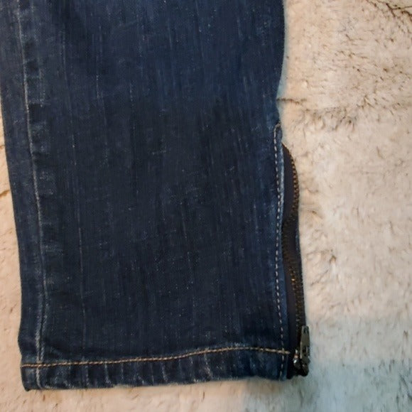 Seven7 Medium Wash Zippered Ankle Cropped Jeans Size 8