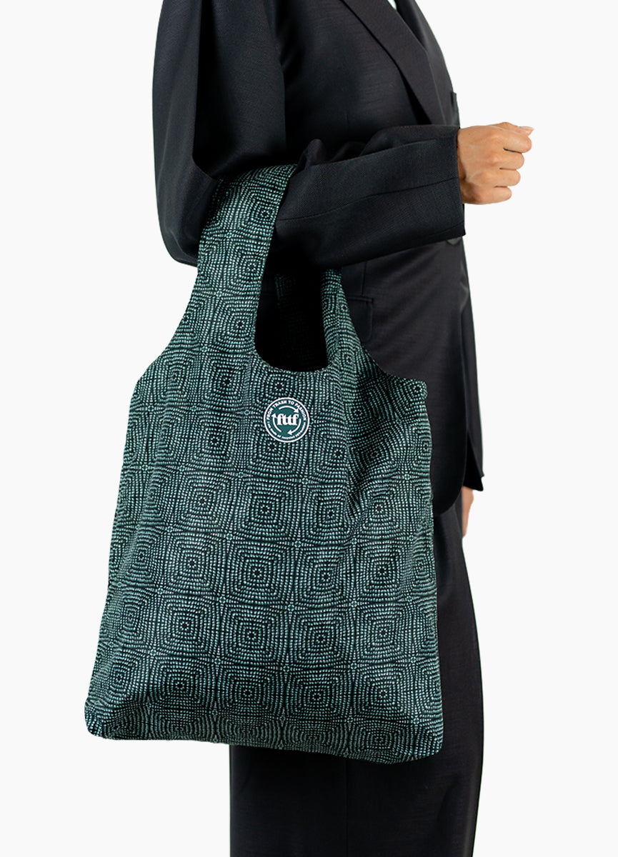 Basic Shopper - Shibori Green