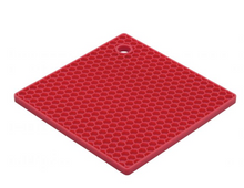 Load image into Gallery viewer, Mrs. Anderson's Baking Silicone Honeycomb Trivet