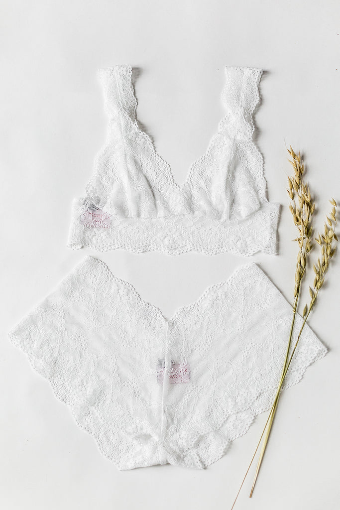 White Floral Ophelia Tiger Lily Lace Lingerie Set