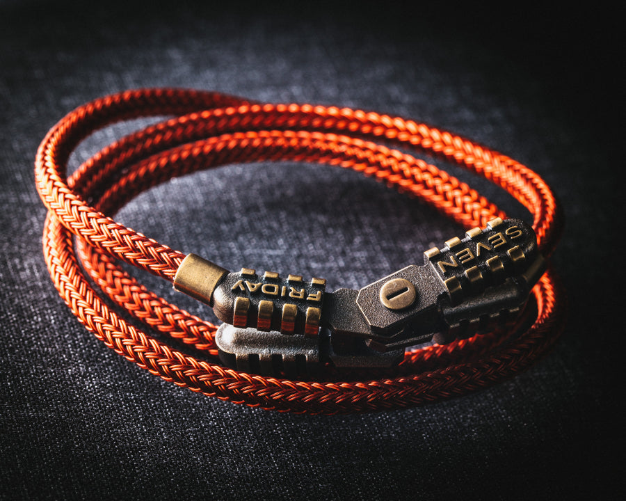 The Jumper Bracelet - The Independent Collective Watches
