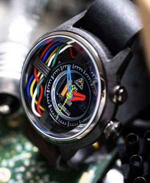 THE CARBON Z - The Independent Collective Watches