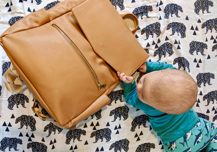 What to pack in a changing bag? And how to pack it