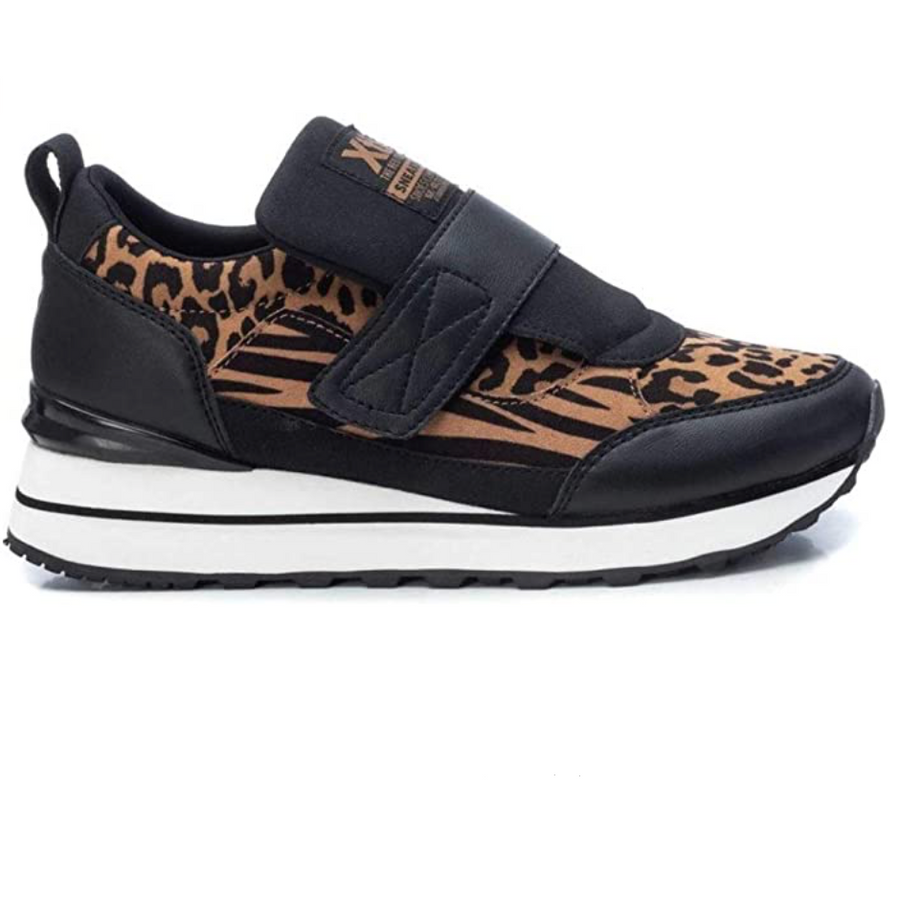 XTI - 44596 - Animal Print Fashion Trainers - Black