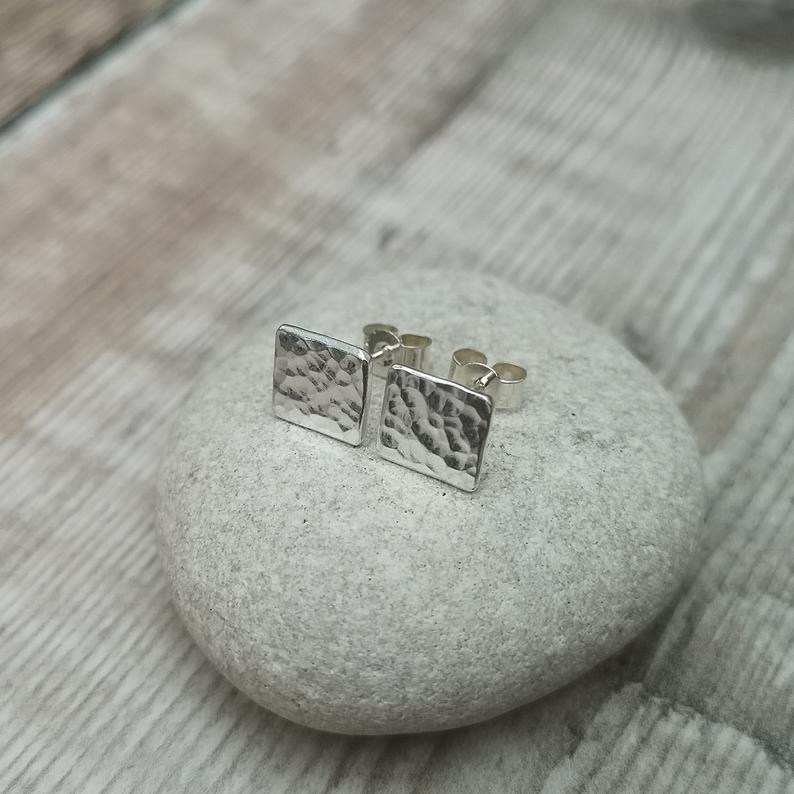 Glass Designs Jewellery By Jo small hammered finish silver square shaped stud earrings