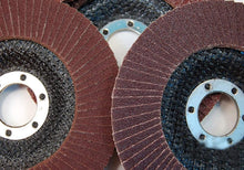 Load image into Gallery viewer, 426 Abrasive Flap Disc Sanding Grinding Wheel, Polishing Wheel Grinding Disc (100 X 16 mm)