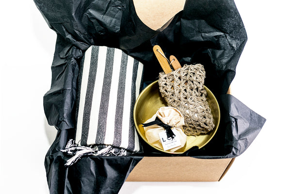 Hammam gift set with striped Turkish towel