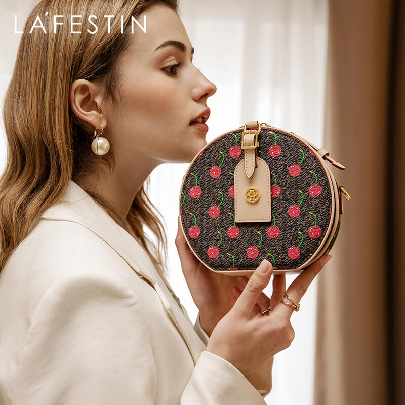 Luxury Cherry Theme Round Bag - The Trendy Accessories Store